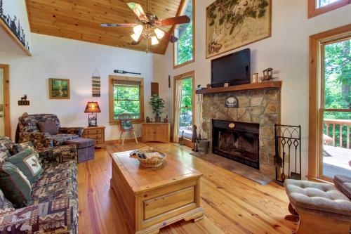 Hawks View - Sautee Nacoochee, GA Vacation Rental