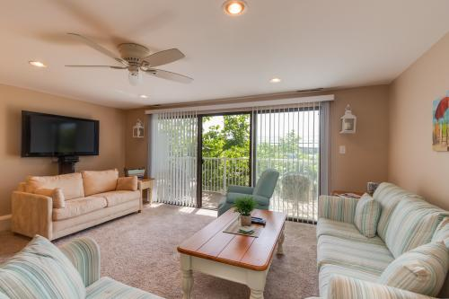 Ride The Waves -  Vacation Rental - Photo 1