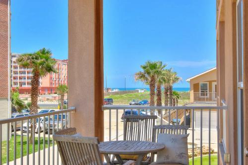 Padre Island 104 -  Vacation Rental - Photo 1