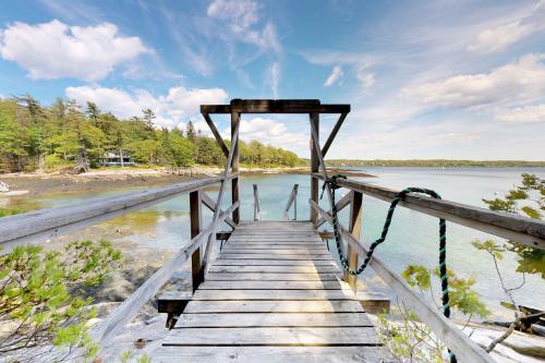 Linekin Bay Retreat at Wall Point - Boothbay Harbor, ME Vacation Rental