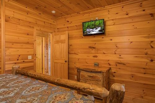 Soaring Vista Cabin -  Vacation Rental - Photo 1