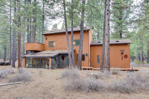 Black Butte Ranch: Hedge Nettle Cabin  -  Vacation Rental - Photo 1
