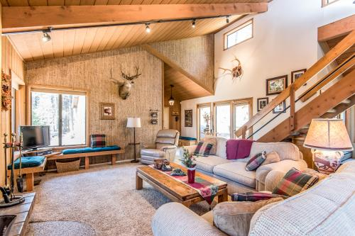Red Leaf Lodge -  Vacation Rental - Photo 1