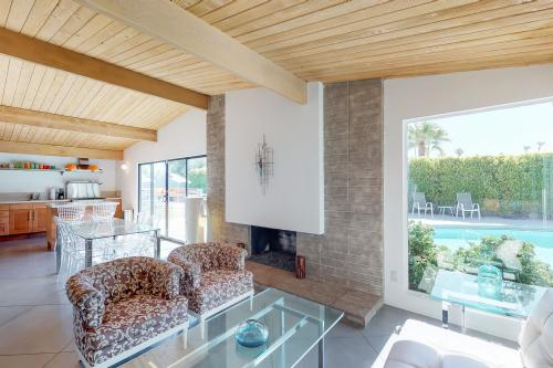 Cozy at Kitty Hawk - Palm Springs, CA Vacation Rental