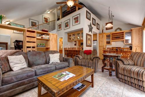 The Hidden Creek Cozy Retreat - Park City, UT Vacation Rental