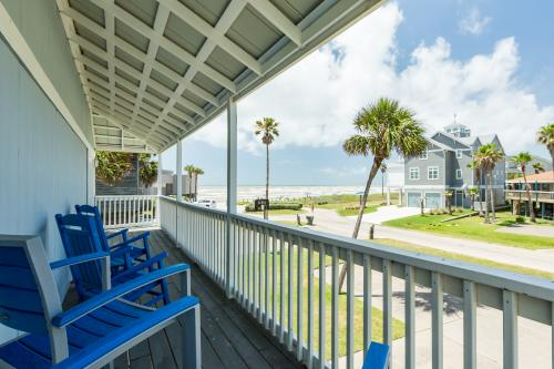 13 Palms - Galveston, TX Vacation Rental