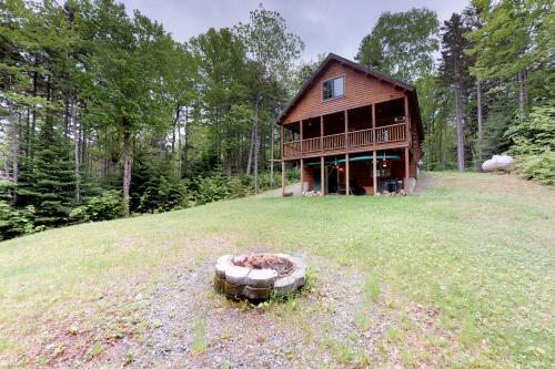 Bobcat Cabin - Greenville, ME Vacation Rental