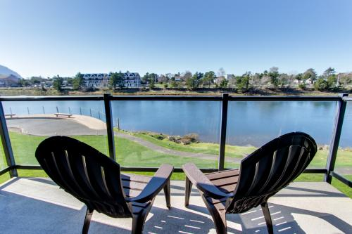 Heron's View at Bridgeport Condominiums #204 - Seaside, OR Vacation Rental