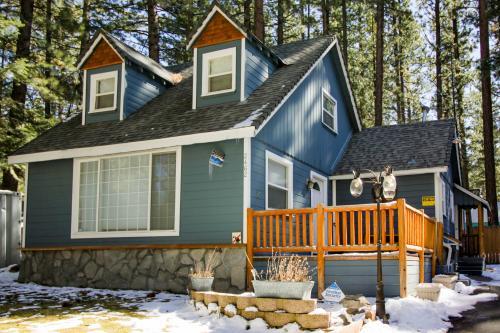 Heavenly Hideaway & Bungalow - South Lake Tahoe, CA Vacation Rental