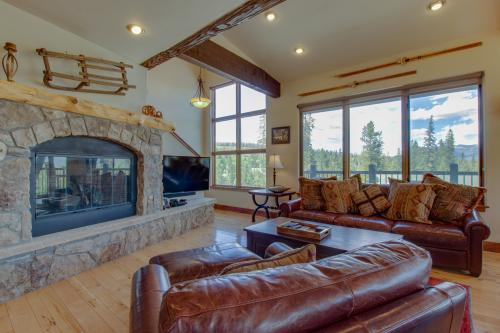 Alpine Treehouse - Silverthorne, CO Vacation Rental