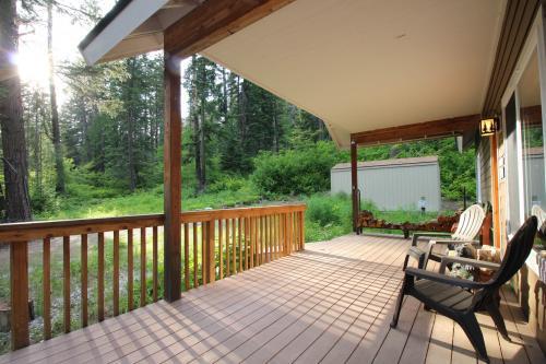 Lake Wenatchee Hideaway -  Vacation Rental - Photo 1
