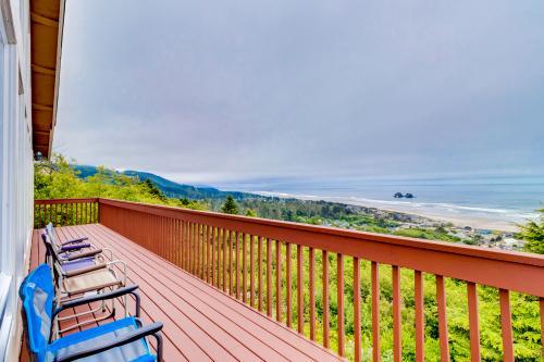 Pacific Coast Views -  Vacation Rental - Photo 1