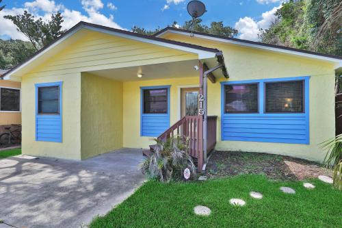 215 Beach Getaway -  Vacation Rental - Photo 1