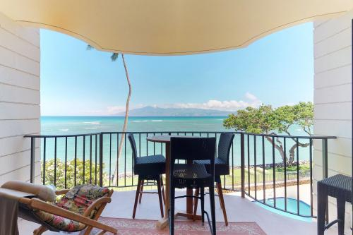 Kahana Reef 304 - Lahaina, HI Vacation Rental