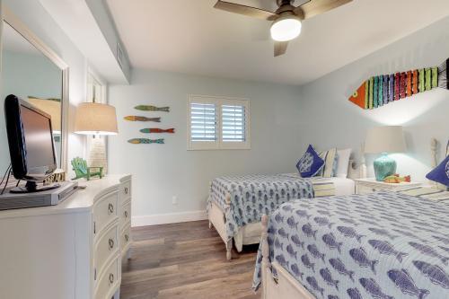 Pensacola Beach Vacation Rentals Condo Rentals Vacasa