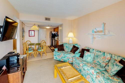 Gulf Shores Surf & Racquet Club #604B - Gulf Shores, AL Vacation Rental