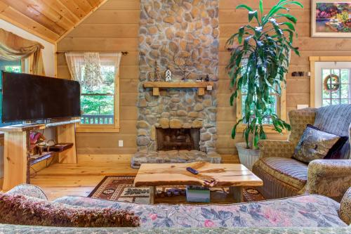 Mountain Getaway - Sautee Nacoochee, GA Vacation Rental