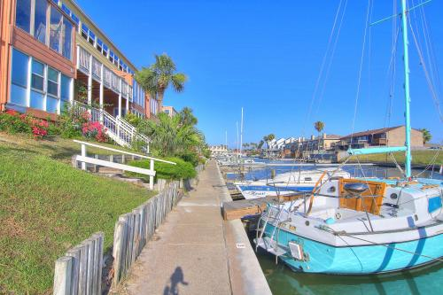 Anchor Resort 206 -  Vacation Rental - Photo 1