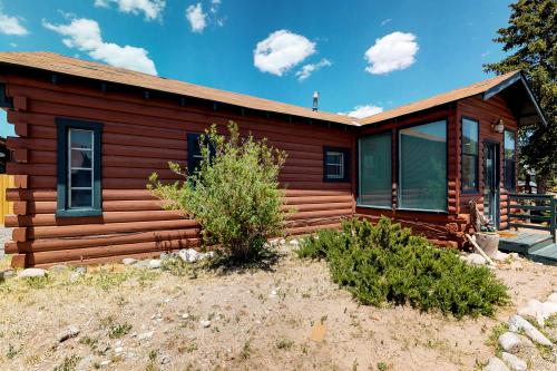 Goat Cabin - South Fork, CO Vacation Rental