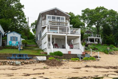 Waterfront in Wareham - Wareham, MA Vacation Rental