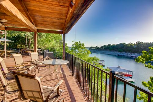 Lakeside Casita - Volente, TX Vacation Rental
