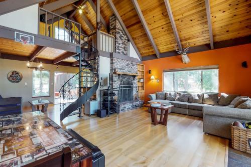 The Graeagle Tree House - Graeagle, CA Vacation Rental