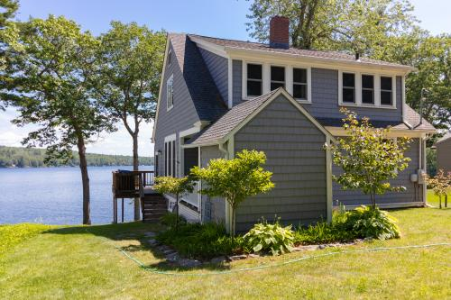 North Shore Escape - Winthrop, ME Vacation Rental