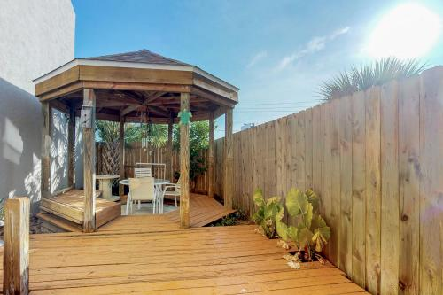 Sand Drift Treasure Island -  Vacation Rental - Photo 1