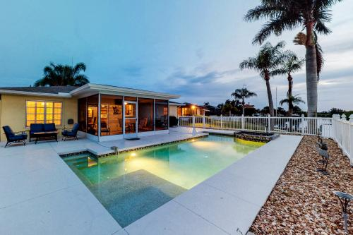 Sea Esta on Shakett Creek - Nokomis, FL Vacation Rental