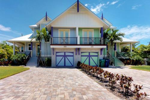 Seahorse Cottage  - Holmes Beach, FL Vacation Rental