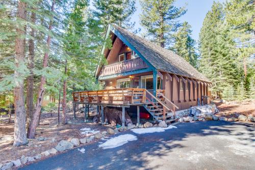 Chalet with Hot Tub and Pool Table -  Vacation Rental - Photo 1