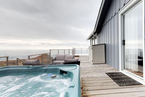 Sea Cove -  Vacation Rental - Photo 1