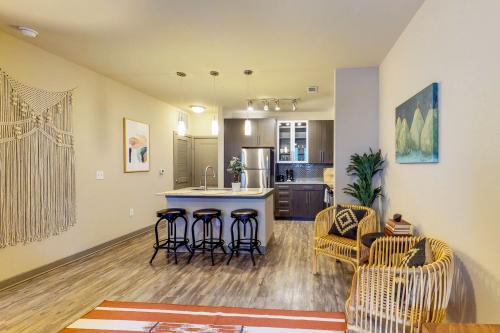 The Santa Fe Suite  - Dallas, TX Vacation Rental