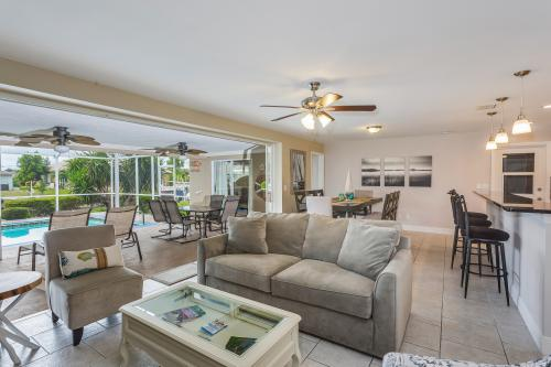 Going Coastal - Cape Coral, FL Vacation Rental