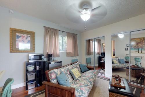 Kona Hill Suite - Kailua-Kona, HI Vacation Rental