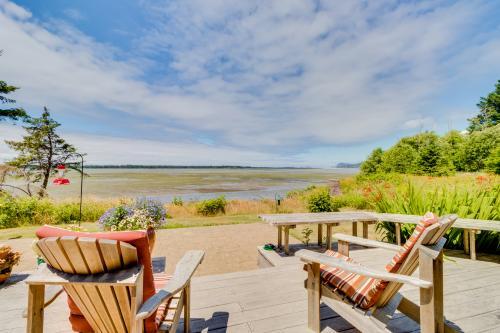 Bayfront Views - Netarts, OR Vacation Rental