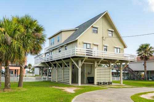 Reel Me In -  Vacation Rental - Photo 1