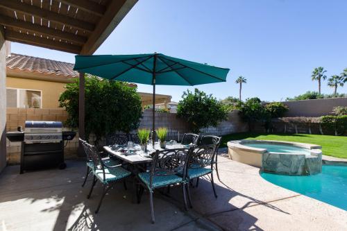 Via Coronado - La Quinta, CA Vacation Rental