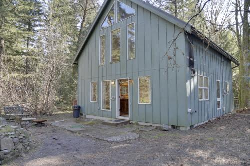 Wildwood Cabin - Brightwood, OR Vacation Rental
