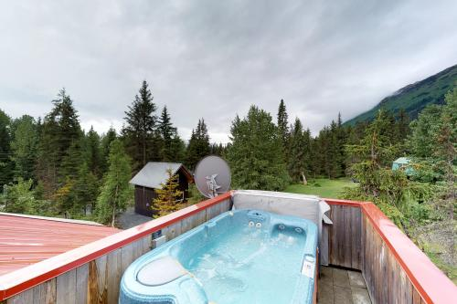 Fly Fisher Up - Girdwood, AK Vacation Rental