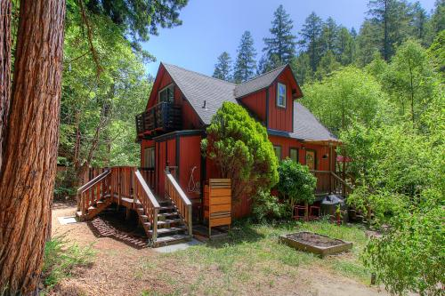 Little House on the Creek - Cazadero, CA Vacation Rental
