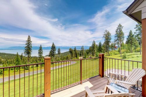 Lakeview Retreat - Lakeside, MT Vacation Rental