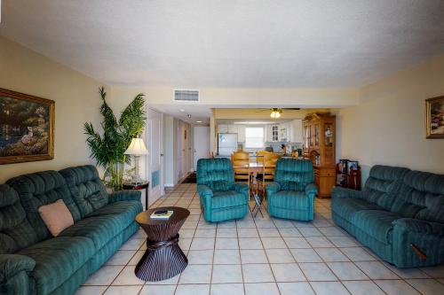 The Blue Dolphin - New Smyrna Beach, FL Vacation Rental