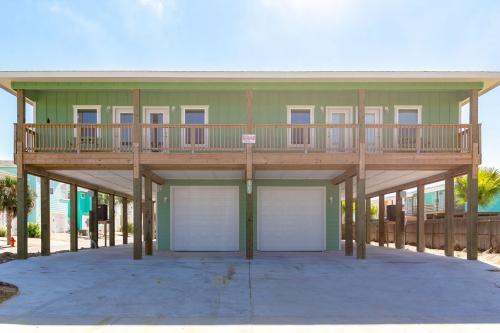 Feather - Port Aransas, TX Vacation Rental