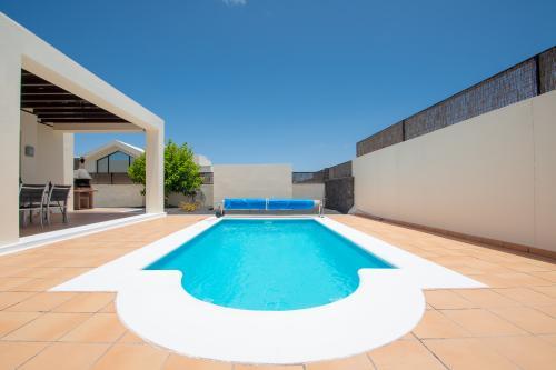 Villa Eslovenia III - Playa Blanca, Spain Vacation Rental