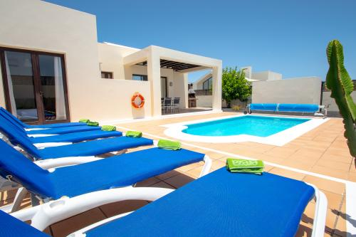 Villa Eslovenia - Playa Blanca, Spain Vacation Rental