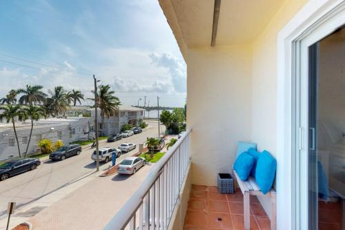 Broward Beach House - Hollywood, FL Vacation Rental