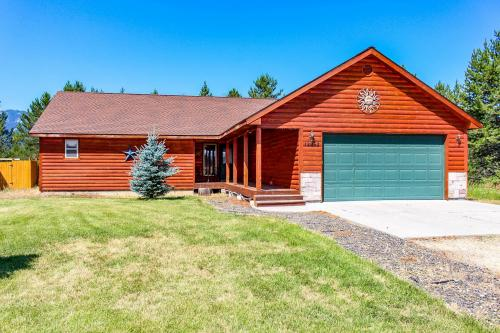 Siscra Cabin - Donnelly, ID Vacation Rental