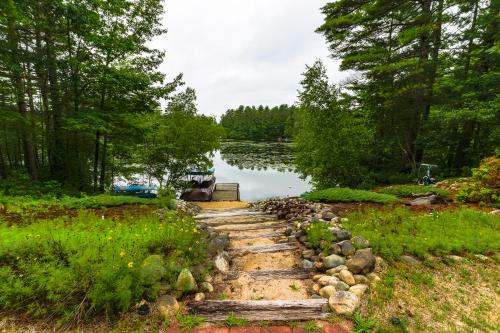 Foye Cove Escape - West Newfield, ME Vacation Rental