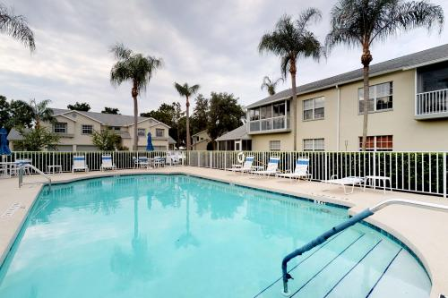 Sunny Escape - Bradenton, FL Vacation Rental